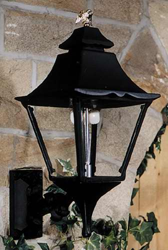 GL1900WM Aluminum Gas Light Head With Wall Mount
